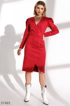 Замшевое асимметричное платье