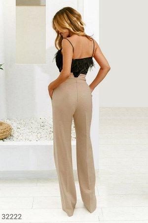 Бежевые классические брюки