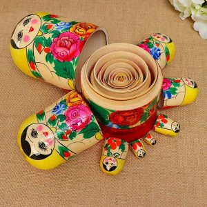Матрёшка «Розочка», жёлтый платок, 8 кукольная, 19-22  см 676666