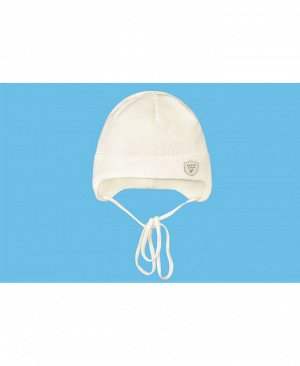 Молочная шапка для мальчика Цвет: экрю
