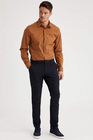 рубашка Размеры модели: рост: 1,89 грудь: 100 талия: 81 бедра: 97 Надет размер: L Elastan 3%, Хлопок 97%