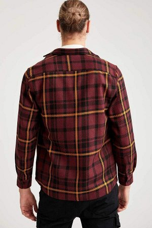 рубашка Размеры модели: рост: 1,92 грудь: 96 талия: 80 бедра: 95 Надет размер: M  Акрил 70%, Полиэстер 15%, Хлопок 15%