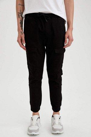 брюки Размеры модели: рост: 1,88 грудь: 90 талия: 79 бедра: 89 Надет размер: 32 Elastan 3%, Хлопок 97%