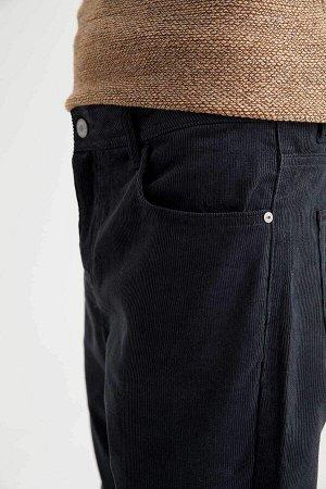 брюки Размеры модели: рост: 1,88 грудь: 98 талия: 82 бедра: 95 Надет размер: размер 32 - рост 32  Хлопок 100%
