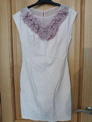 Платье нежно розовый