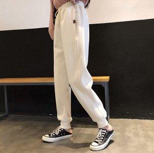 Штаны, цвет белый