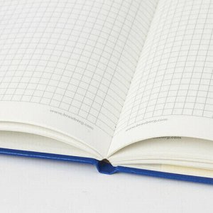 "Блокнот в клетку с резинкой А5 (148x218 мм), 80 л., балакрон синий BRAUBERG ""Metropolis"", 111582"