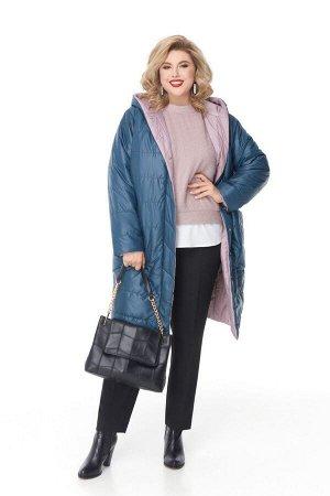Пальто Пальто Pretty 1208 изумруд + пудровый  Состав: ПЭ-100%; Сезон: Осень-Зима Рост: 164  Двухстороннее дутое пальто на синтепоне, выполненное из плащевой ткани с горизонтальной стежкой. Одна сторо