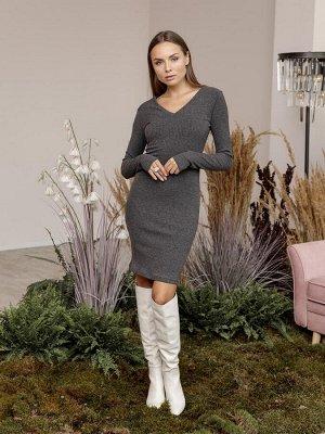 Платье из трикотажа с v-вырезом. Цвет темно-серый меланж