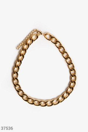 Золотистая цепь с крупными звеньями