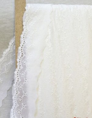 Шитье цв.молочный (общая ширина 55мм, ширина вышивки 35мм), хлопок-100%, батист