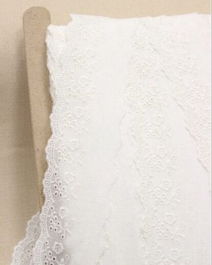 Шитье цв.молочный (общая ширина 58мм, ширина вышивки 35мм), хлопок-100%, батист