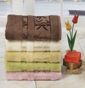Полотенце жаккардовое из бамбуковой пряжи