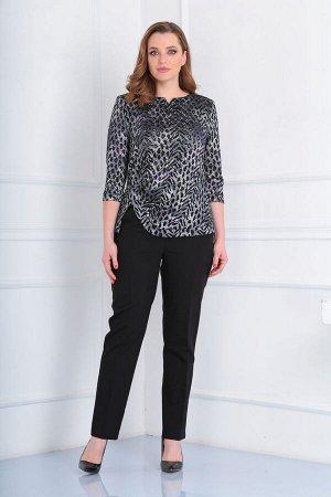 Блуза Блуза VIOLA 1110 серый/сливовый  Состав: ПЭ-95%; Спандекс-5%; Сезон: Осень-Зима Рост: 164  Блузка женская , полуприлегающего силуэта. Вырез горловины и низ переда обработаны обтачкой. Рукава вт
