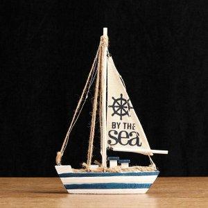 Корабль сувенирный с подсветкой 16*5*26см