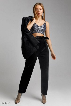 Черные брюки из мягкого бархата