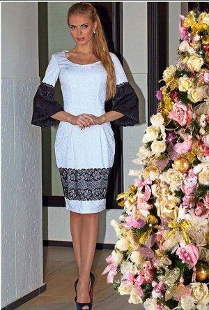 Красивое платье 48р.