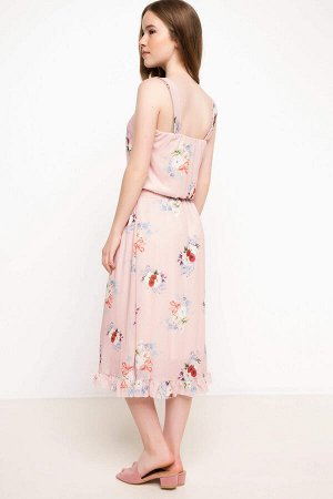 Нежное розовое платьев цветочек УЦЕНКА