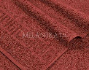 Бордовое махровое полотенце
