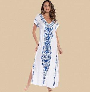 Женское платье, белое, с синей вышивкой