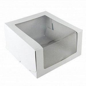 Коробка белая с окном 18*18*10 см