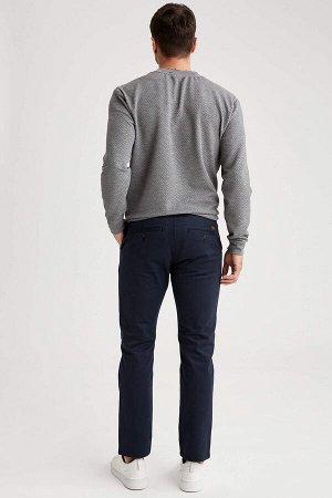 брюки Размеры модели: рост: 1,89 грудь: 100 талия: 81 бедра: 97 Надет размер: размер 30 - рост 30  Хлопок 97%,Elastan 3%