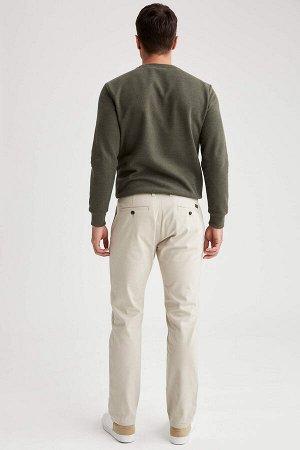 брюки Размеры модели: рост: 1,88 грудь: 95 талия: 70 Надет размер: размер 30 - рост 32  Хлопок 97%,Elastan 3%