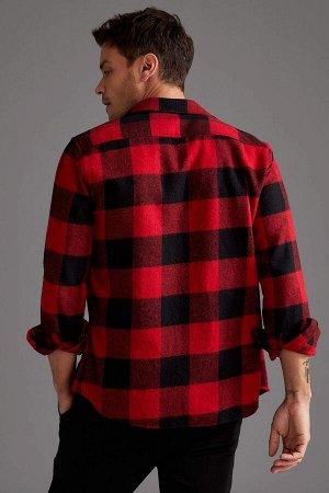 рубашка Размеры модели: рост: 1,89 грудь: 100 талия: 81 бедра: 97 Надет размер: M  Акрил 27%, Хлопок 11%,Poliamid 4%, Вискоз 14%, Полиэстер 42%,Y?n 2%