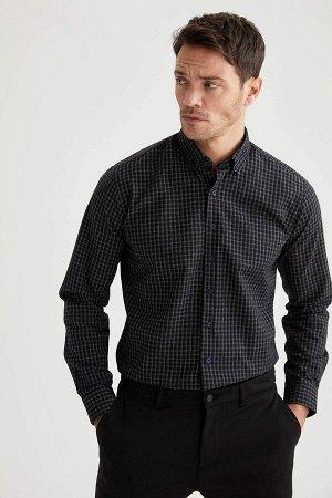 рубашка Размеры модели: рост: 1,89 грудь: 100 талия: 81 бедра: 97 Надет размер: M  Полиэстер 50%, Хлопок 50%