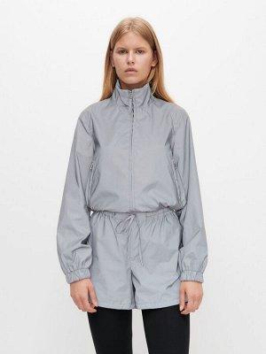 Серебристая куртка из светоотражающего материала