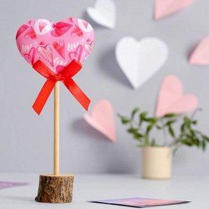Декор на палочке Love