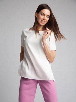 Блузка Состав ткани: 77% Полиэстер; 20% Вискоза; 3% Эластан Длина: 63 См. Описание модели Блуза молочного цвета с коротким рукавом — база офисного дресс-кода. Модель имеет прямой силуэт и разрезы по б