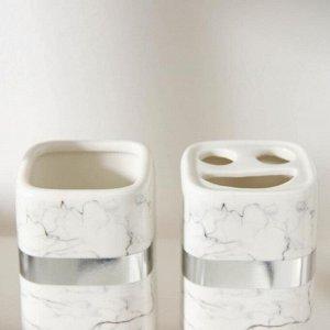 Набор аксессуаров для ванной комнаты «Вестерос», 4 предмета (мыльница, дозатор для мыла 390 мл, 2 стакана)