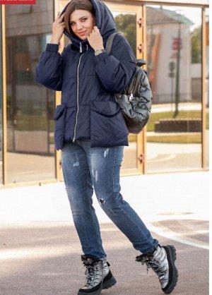 Куртка Стеганная куртка с капюшоном на высокой стойке и накладными карманами, рукав на спущенной пройме с эластичной манжетой. Изделия из ткани с водоотталкивающим эффектом, на прохладную осень/ теплу
