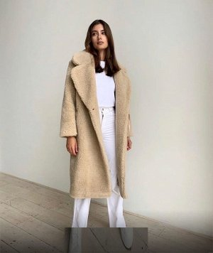 Пальто из искусственного меха под овчину
