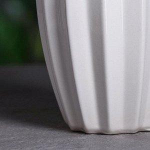 """Ваза настольная """"Лина"""". белая. 28 см . керамика"""
