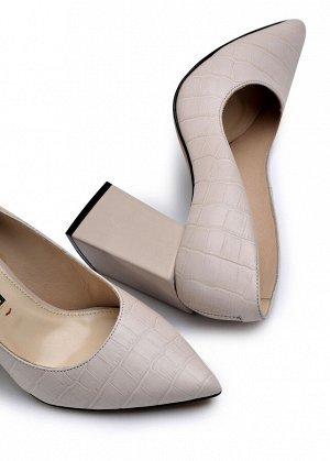 Туфли Кожа жемчужного цвета с тиснением под крокодила, кожа жемчужного цвета Высота каблука 8см