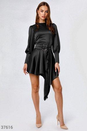 Эффектное платье с асимметрией
