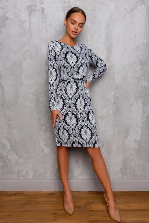 Платье Размер: 42 / 44 / 46 / 48 Шикарное платье из плотного трикотажного , жаккардового полотна. Платье садится идеально по фигуре, за счет наших фирменных лекал. 65 % вискоза 30 % полиэстер 5 % лайк