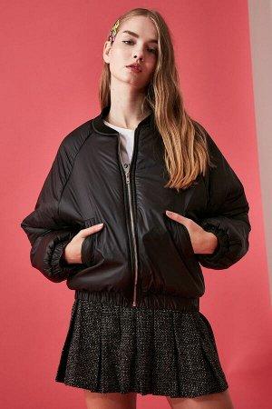 Куртка %100 Polyester, Astar %100 Polyester,