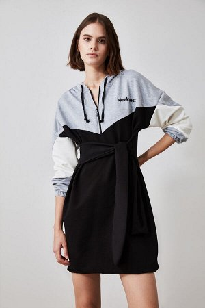 Платье %65 Pamuk %30 Polyester %5 Elastan