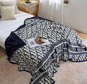 Плед евро Мягкие, уютные, двусторонние  пледы-покрывала. Украсят любую спальню или гостиную. Можно менять под настроение. Двойной материал-идеально подходит, для того чтобы застилать постель. Не будут