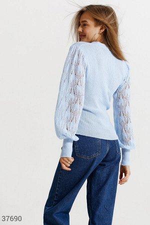 Пуловер небесно-голубого цвета