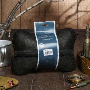 """Подушка автомобильная подарочная """"Настоящему мужчине"""", велюр, черный, 16х24 см"""