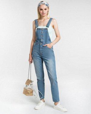 Комбинезон джинсовый жен. (000050)Светло-синий