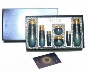 Набор по уходу за зрелой кожей с икрой и маточным молочком Hwang Hubin (THE LEGEND OF) Authentic Oriental Herbal Cosmetics Set of 5