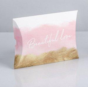 Подарок. Подарочная коробка размером 11 × 8 × 2 см, матовая жидкая помада, сладкий презент(мармелад, шоколад,жевательная резинка или конфеты на выбор поставщика)