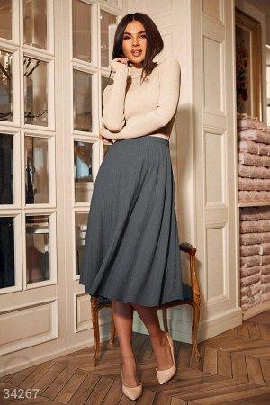 Расклешенная юбка серого цвета