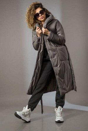 Пальто Пальто Сч@стье 7144-Г антрацитовый  Состав ткани: ПЭ-100%;  Рост: 170 см.  Пальто женское свободного силуэта на синтепоне. Застежка центральная на кнопки. Плечо спущенное, на полочек накладные