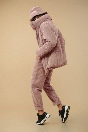 Куртка Куртка Сч@стье 7150s пудра  Состав: Вискоза-26%; ПЭ-74%; Сезон: Осень-Зима Рост: 170  Куртка из вельвета в широкий рубчик на синтепоне и подкладке. Центральная застежка на молнию. Куртка свобо